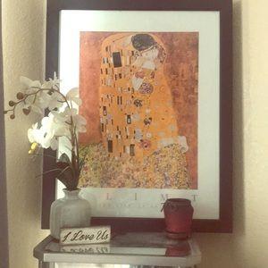 """Gustav Klimt frame """"The Kiss"""""""